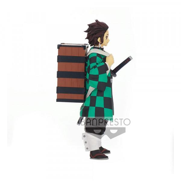 """Zur Anime-Serie """"Demon Slayer: Kimetsu no Yaiba"""" kommt diese detailreiche PVC Statue. Sie ist ca. 15 cm groß und wird inkl. Base in einer bedruckten Box geliefert."""