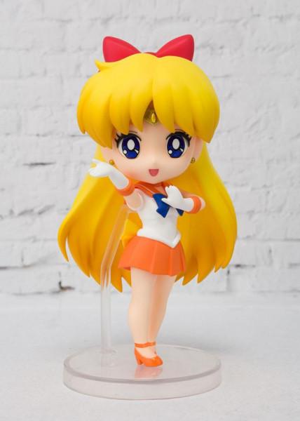 """Zur Anime-Serie """"Sailor Moon"""" kommt diese detailreiche Actionfigur aus Tamashii Nations """"Figuarts mini""""-Reihe. Sie ist ca. 9 cm groß und wird in einer Fensterbox geliefert."""
