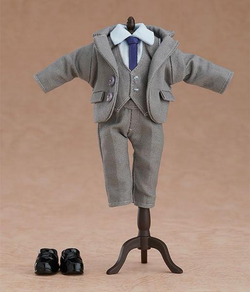 Detailreiches Zubehör-Set für alle Nendoroid Doll Actionfiguren.Das Set enthält ein Suit - Grey Outfit für Nendoroid Doll Figuren.Hinweis: Die Produktbilder zeigen lediglich Anwendungsbeispiele, es sind keine Figuren in diesem Set enthalten!