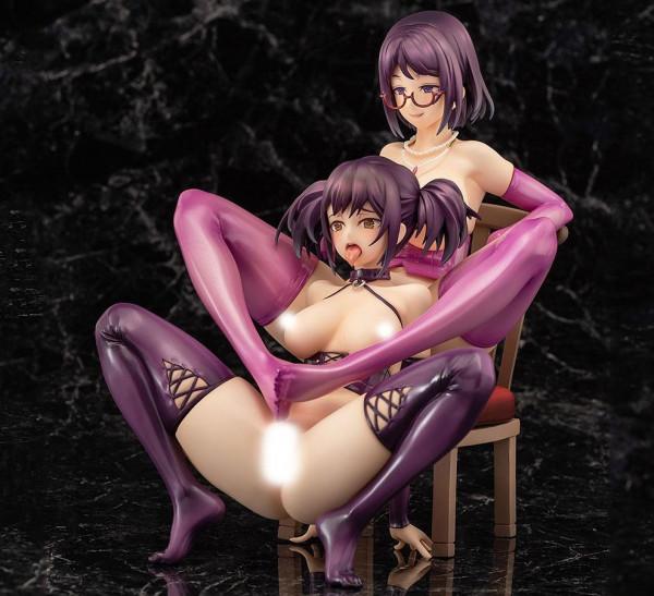 Zum Manga ´Teiso-Kannen Zero´ kommt dieser Pack mit 2 detailreichen PVC Statuen. Sie kommen im Maßstab 1/6 und sind ca. 20 cm groß. Sie werden inklusive austauschbaren Beinen und einem Stuhl in einer bedruckten Fensterbox geliefert.