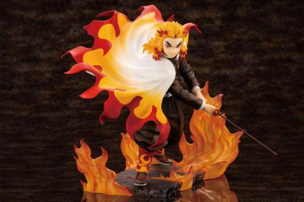"""Aus der ´ARTFXJ´ Reihe von Kotobukiya kommt diese aufregende Statue aus dem Anime / Manga """"Demon Slayer: Kimetsu no Yaiba"""". Die detailreiche PVC Statue im Maßstab 1/8 ist ca. 22 cm gross und wird in einer Fensterbox geliefert.<br /><br />Die Statue muss i"""