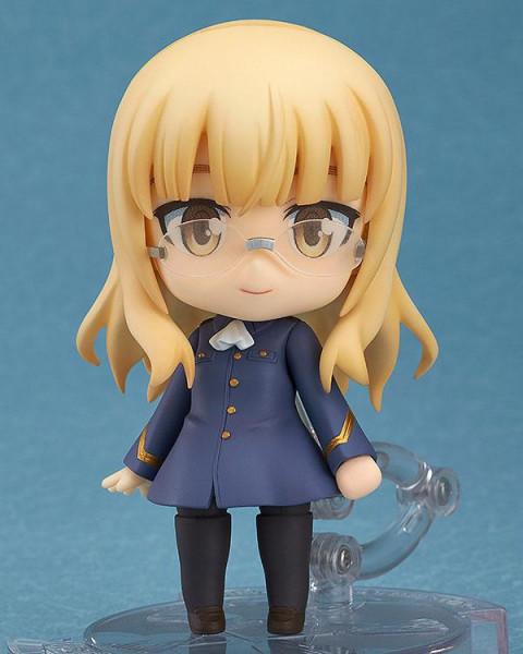 Zum Anime ´Strike Witches 2´ kommt diese detailreiche PVC Actionfigur von Perrine Clostermann. Sie ist ca. 10 cm gross und wird mit Base und weiterem Zubehör in einer Fensterbox geliefert.
