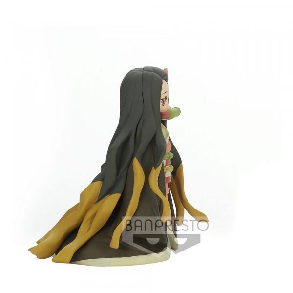 """Zur Anime-Serie """"Demon Slayer: Kimetsu no Yaiba"""" kommt diese detailreiche PVC Statue. Sie ist ca. 10 cm groß und wird inkl. Base in einer bedruckten Box geliefert."""
